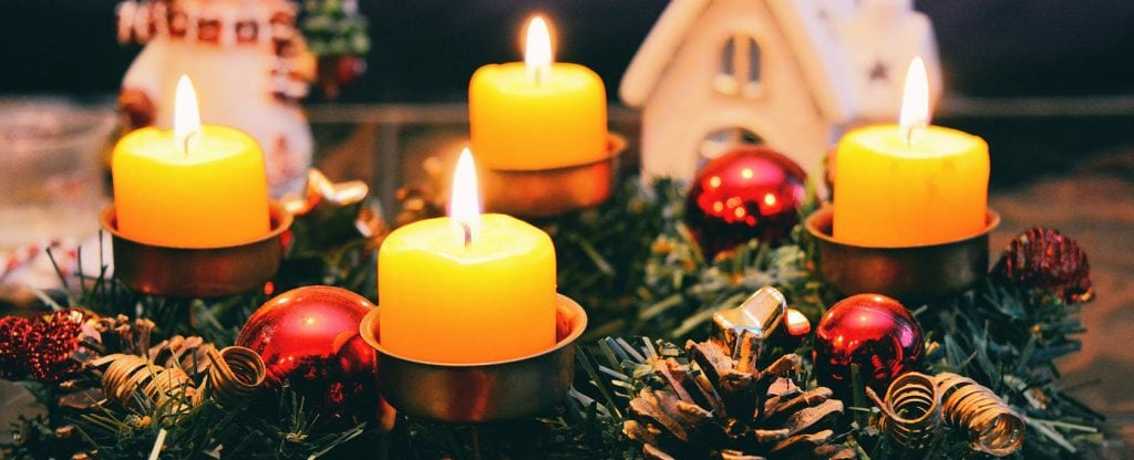 Candles on wreath